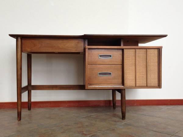 Hooker Desk