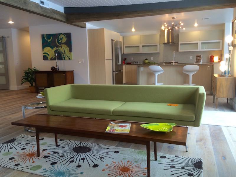 Derin Sofa Staging